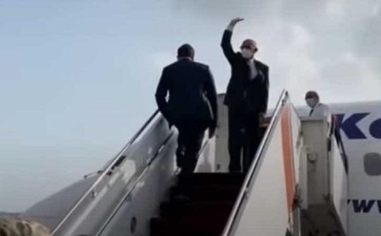 """""""فرار الرئيس"""" و""""اقتحام القصر"""".. حقيقة مقاطع فيديو من أفغانستان Feraar"""