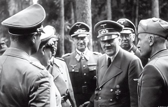 فيديو - تفاصيل اجتماع هتلر مع جنرالاته قبل سقوط برلين - لماذا سقطت برلين؟ -      تم إنشاءه بتاريخ الأحد, 27 حزيران/يونيو 2021 08:03   0 Comments        فيديو - تفاصيل اجتماع هتلر مع جنرالاته قبل سقوط برلين - لماذا سقطت برلين Hitler.Kd