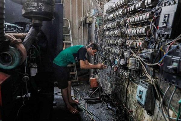 قصص العراقيين مع العتمة وانقطاع الكهرباء لا تنتهي   Moalida