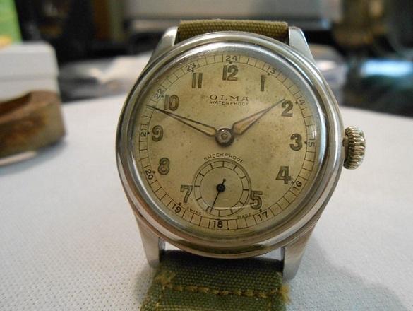 تاريخ تجارة الساعات في العراق Naji.s3A