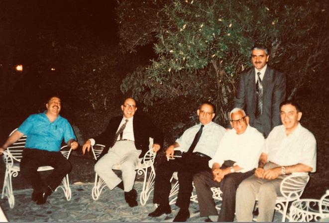 أطباء العراق اهل جود ووفاء وعطاء : د.منذر الدوري Atebaa