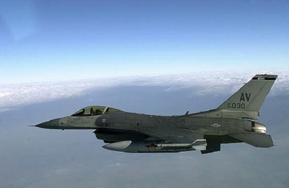 انتشار مقاتلات أميركية قرب العراق            F16.A