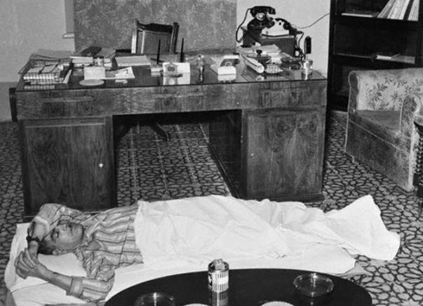 57 عام مضىت على رحيل ,, الزعيم عبد الكريم قاسم ,, قائد ثورة 14 تموز عام 1958 الى الأخدار السمـاوية بلياليها ونهـاراتها  Alzaemm.sh1