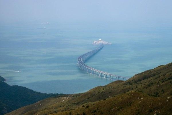 افتتاح أطول جسر مائي في العالم بالصين Brd.Ch